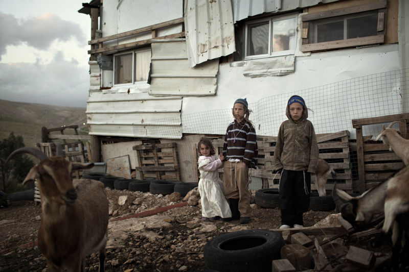 pietro masturzo West Bank, 2013. Settlers. ### West Bank, 2013. Coloni.